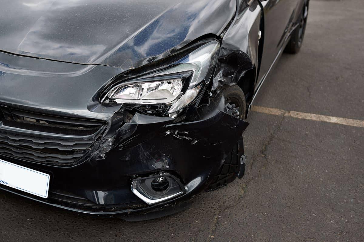 Uszkodzone auta z Niemiec